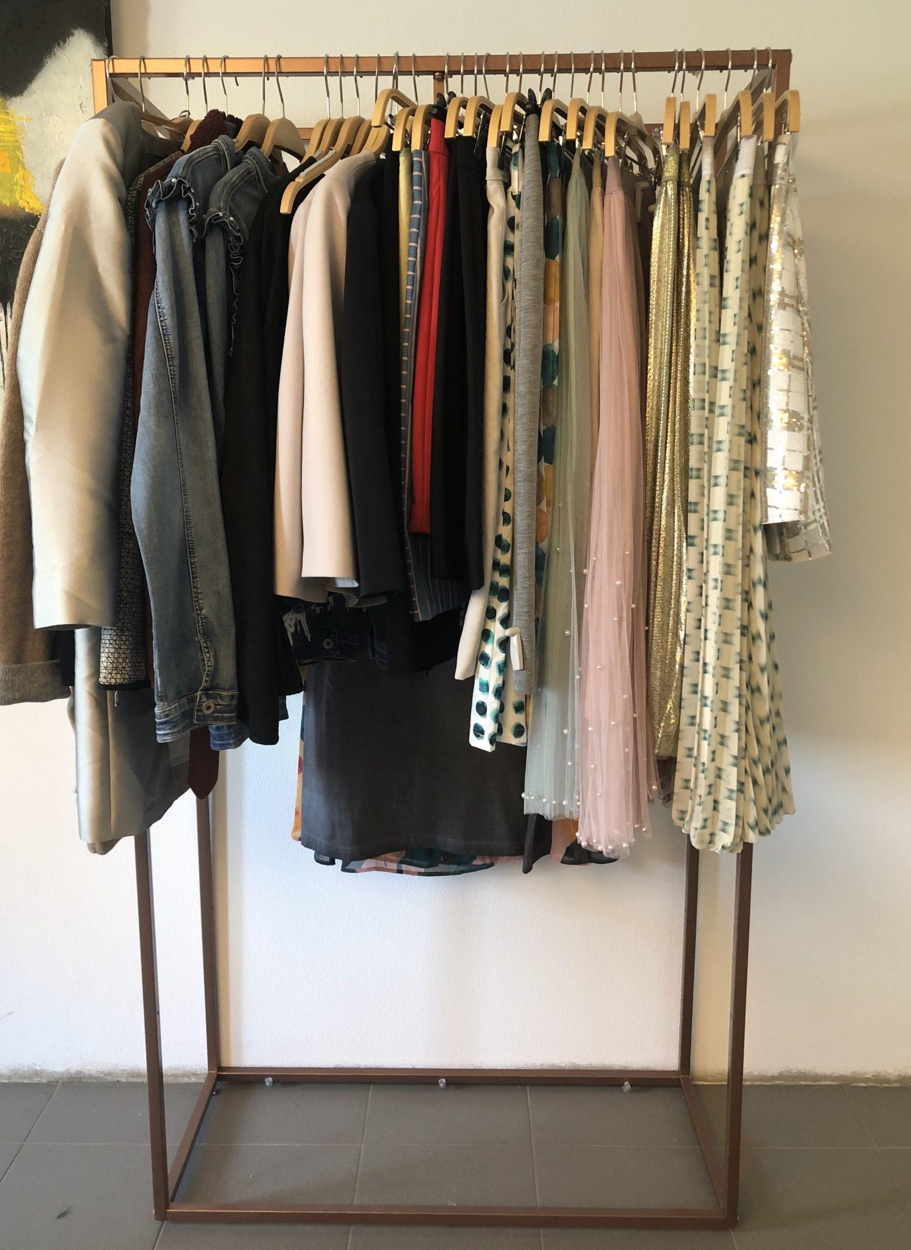 Vêtements + Accessoires neufs